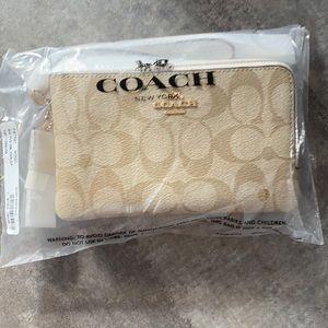 Brand New Coach Wristlet